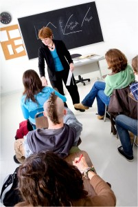 Studiu documentar pentru elaborarea strategiei naţionale în domeniul politicii de tineret
